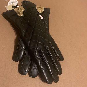 Micheal Kros with heart gloves size medium
